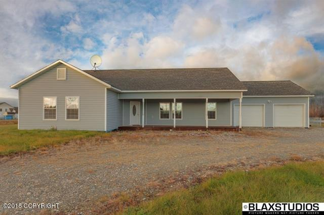 507 W 6th Avenue, North Pole, AK 99705 (MLS #18-18122) :: RMG Real Estate Network | Keller Williams Realty Alaska Group