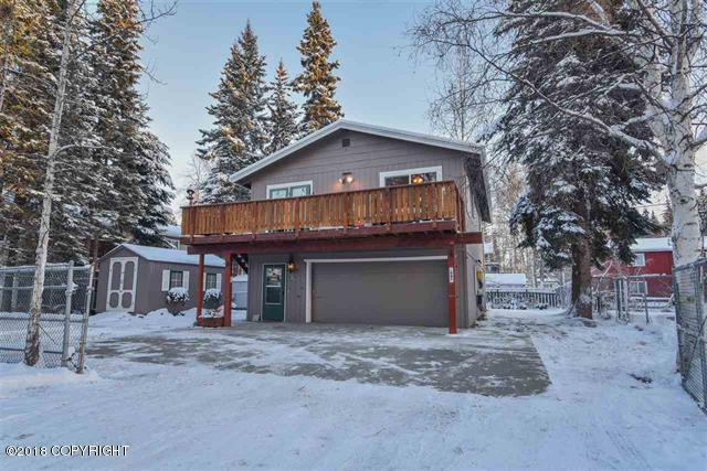 567 Wilcox Avenue, Fairbanks, AK 99709 (MLS #18-18953) :: Alaska Realty Experts