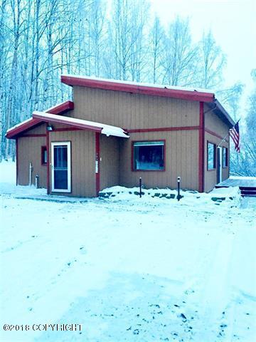353 Hawk Eye Downs Drive, Fairbanks, AK 99712 (MLS #18-18967) :: Alaska Realty Experts