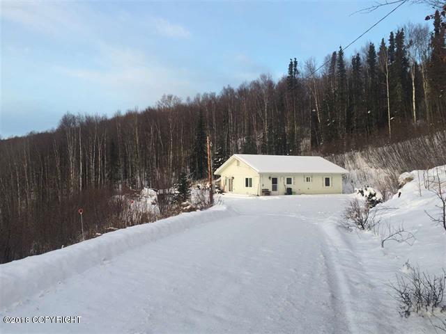 1070 Norton Way, Fairbanks, AK 99712 (MLS #18-19208) :: Alaska Realty Experts