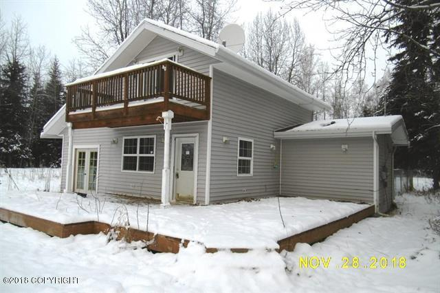 2490 Stoneman Lane, North Pole, AK 99705 (MLS #18-19511) :: RMG Real Estate Network | Keller Williams Realty Alaska Group