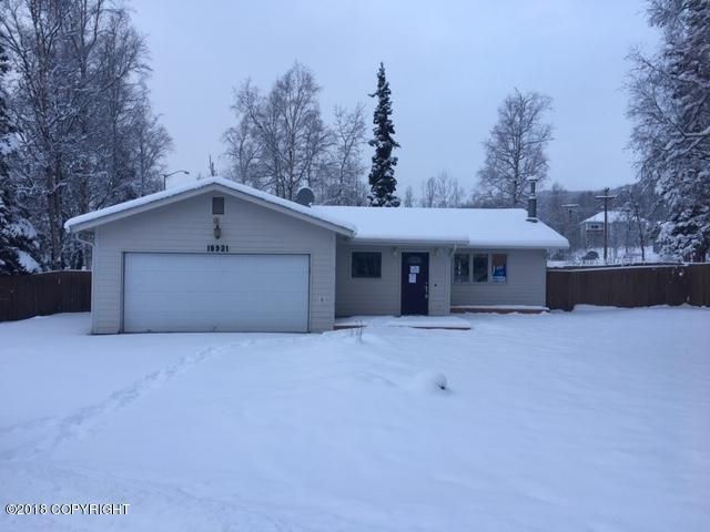 18921 Sutwik Circle, Eagle River, AK 99577 (MLS #18-19666) :: RMG Real Estate Network | Keller Williams Realty Alaska Group