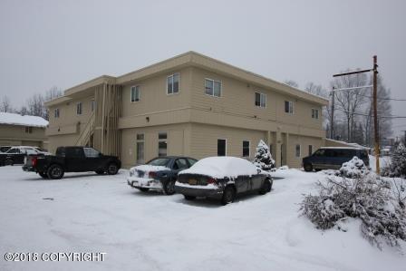 1117 Chugach Way, Anchorage, AK 99503 (MLS #18-2083) :: Real Estate eXchange