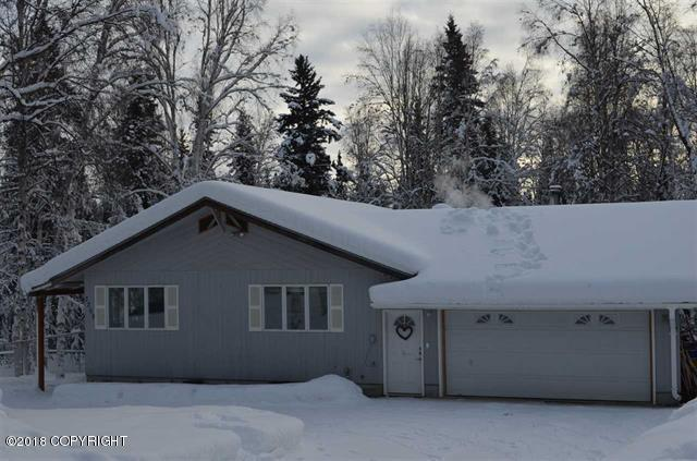 3269 La Ree Way, Fairbanks, AK 99709 (MLS #18-3254) :: Northern Edge Real Estate, LLC