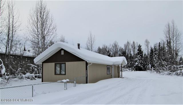 2995 Vfw Street, North Pole, AK 99705 (MLS #18-3343) :: Channer Realty Group