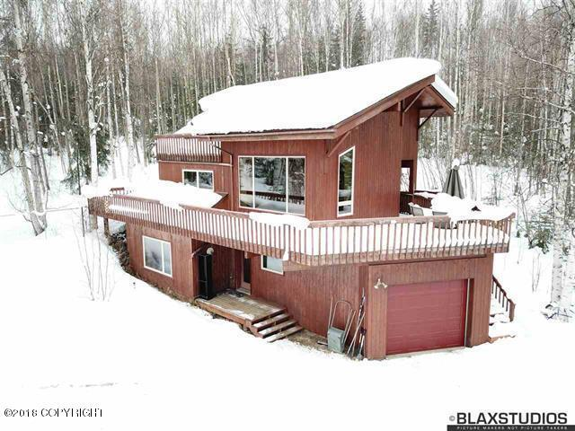 1499 Golden View Drive, Fairbanks, AK 99709 (MLS #18-3750) :: Northern Edge Real Estate, LLC