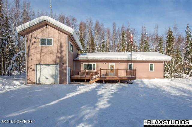 678 Adventure Road, Fairbanks, AK 99712 (MLS #18-3953) :: Core Real Estate Group
