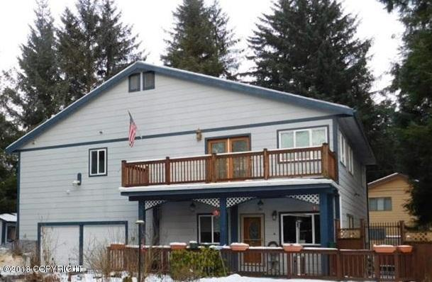 2314 Radcliffe Road, Juneau, AK 99801 (MLS #18-4312) :: Team Dimmick
