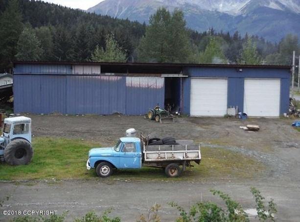 000 Sawmill Creek Road, Haines, AK 99827 (MLS #18-5097) :: Northern Edge Real Estate, LLC