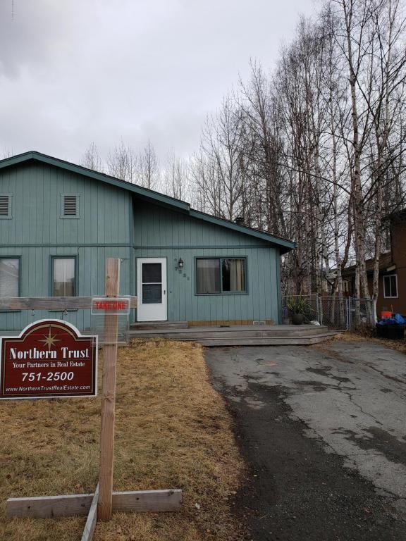 7231 Durenda Circle, Anchorage, AK 99507 (MLS #18-6198) :: Northern Edge Real Estate, LLC