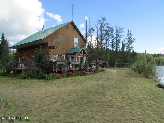 3419 Lil's Way, Fairbanks, AK 99709 (MLS #18-6920) :: Team Dimmick