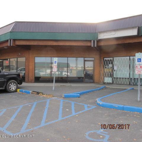 29 College Road #9, Fairbanks, AK 99701 (MLS #18-7657) :: Team Dimmick