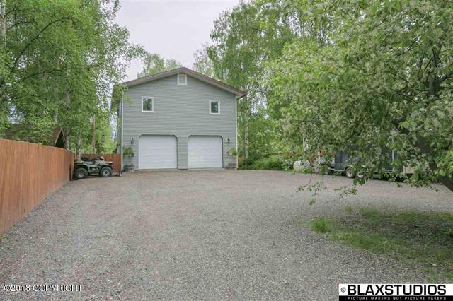 4007 Fahrenkamp Avenue, Fairbanks, AK 99709 (MLS #18-9843) :: Channer Realty Group