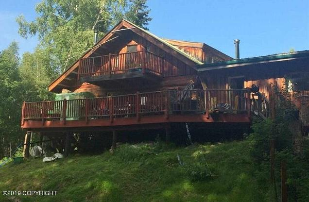 2621 Lingonberry Lane, Fairbanks, AK 99709 (MLS #19-13954) :: Wolf Real Estate Professionals