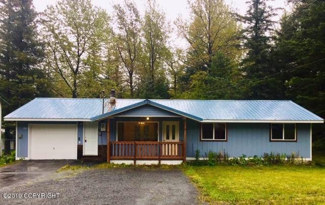 2506 Cedar Street, Seward, AK 99664 (MLS #19-15677) :: Roy Briley Real Estate Group