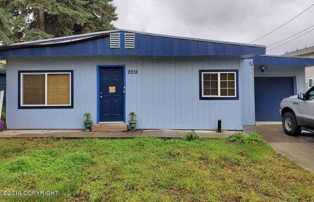 2218 Turner Street, Fairbanks, AK 99701 (MLS #19-16189) :: RMG Real Estate Network | Keller Williams Realty Alaska Group