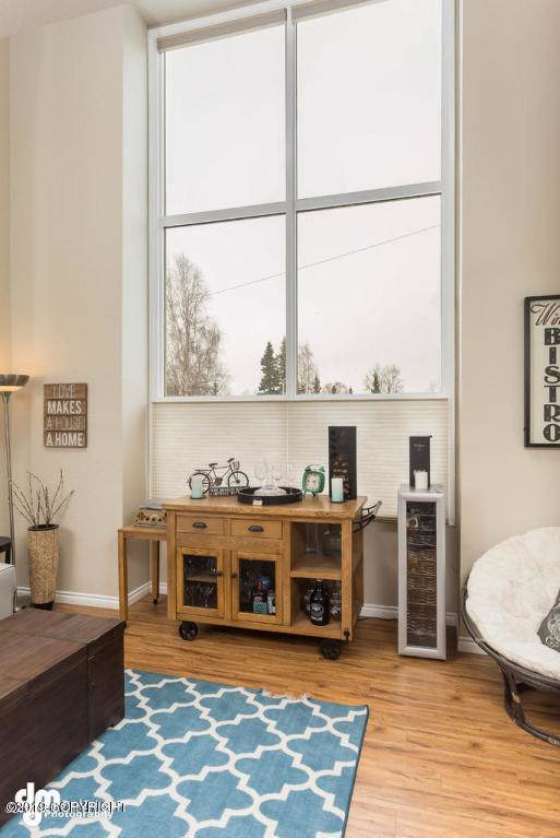 400 E 24th Avenue #14, Anchorage, AK 99503 (MLS #19-19247) :: Wolf Real Estate Professionals