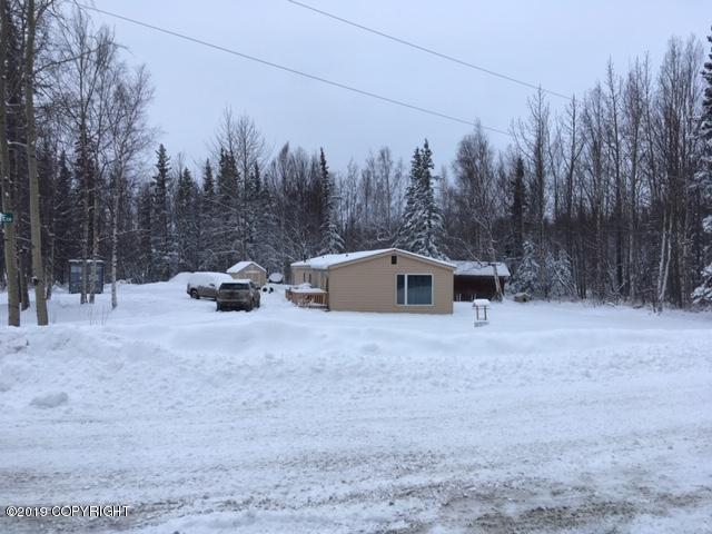435 E Howling Wolf Lane, Wasilla, AK 99654 (MLS #19-2208) :: The Adrian Jaime Group | Keller Williams Realty Alaska