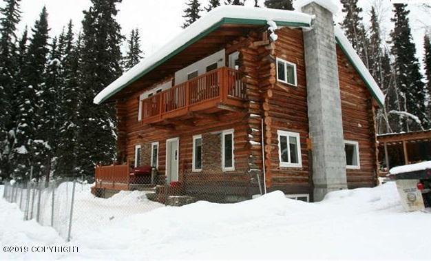 325 Jacobson Lane, Fairbanks, AK 99709 (MLS #19-3555) :: The Adrian Jaime Group | Keller Williams Realty Alaska