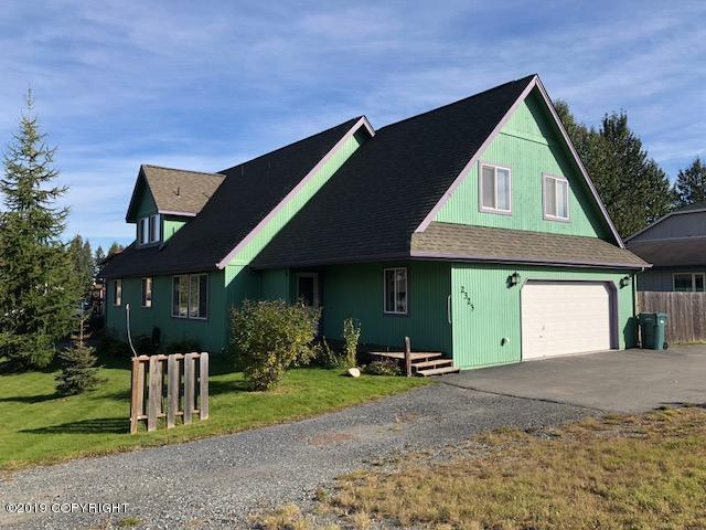 2323 E 68th Avenue, Anchorage, AK 99507 (MLS #19-510) :: Alaska Realty Experts