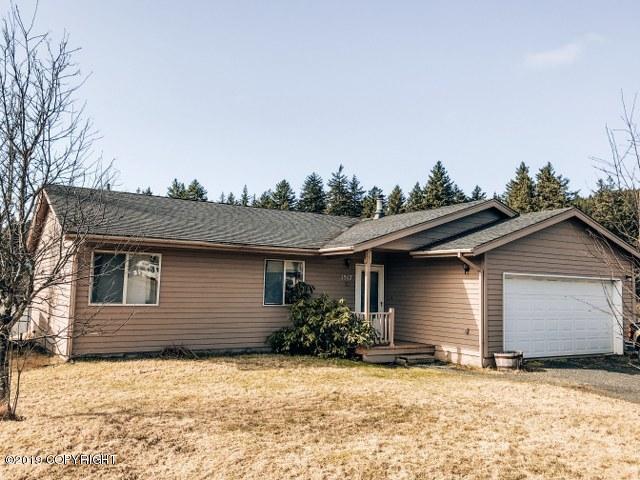 1517 Lynden Way, Kodiak, AK 99615 (MLS #19-5667) :: Roy Briley Real Estate Group