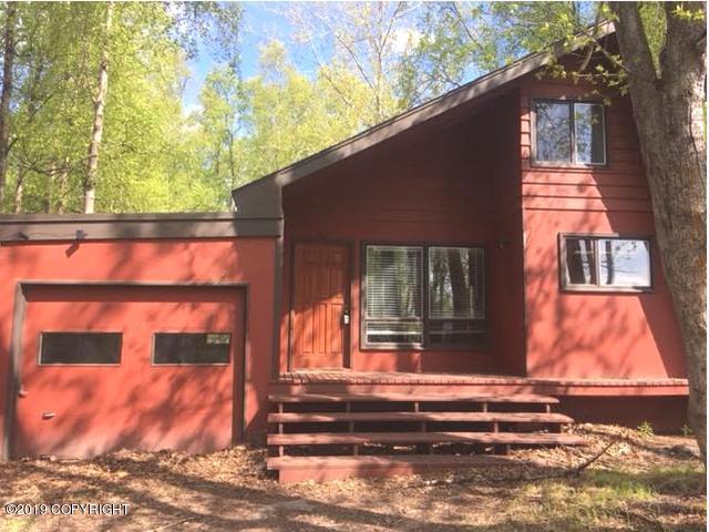 3624 Matthews Drive, Anchorage, AK 99516 (MLS #19-6187) :: The Adrian Jaime Group | Keller Williams Realty Alaska