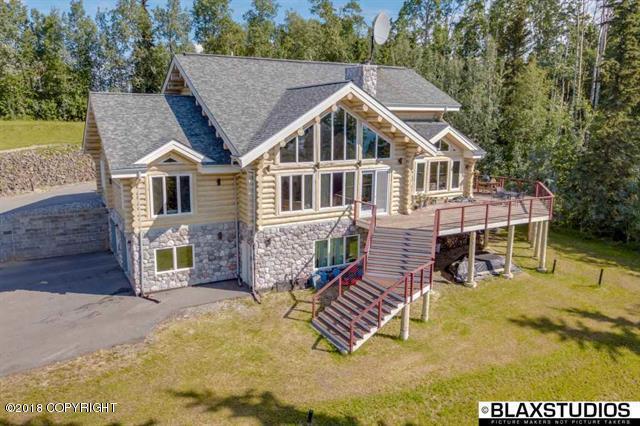 995 Ellesmere Drive, Fairbanks, AK 99709 (MLS #19-6587) :: Roy Briley Real Estate Group