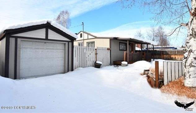 1556 Noble Street, Fairbanks, AK 99701 (MLS #19-7122) :: Wolf Real Estate Professionals