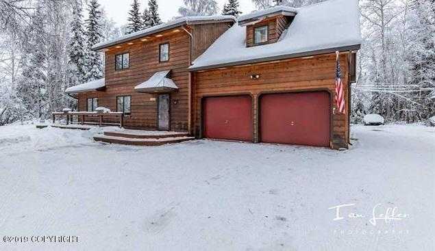 502 North Evolyn Drive, North Pole, AK 99705 (MLS #19-7644) :: Roy Briley Real Estate Group