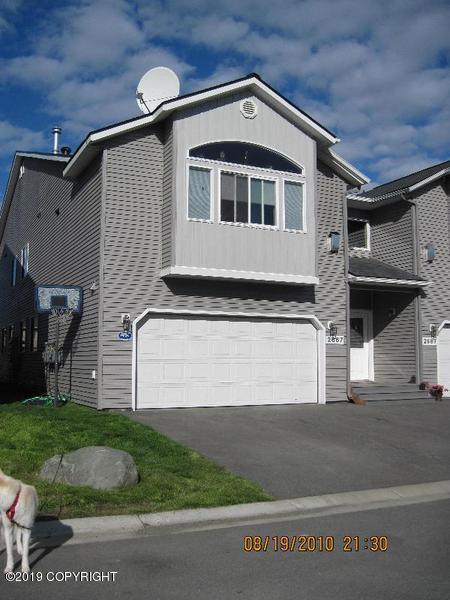 2667 Aspen Heights Loop #44, Anchorage, AK 99508 (MLS #19-9381) :: Team Dimmick