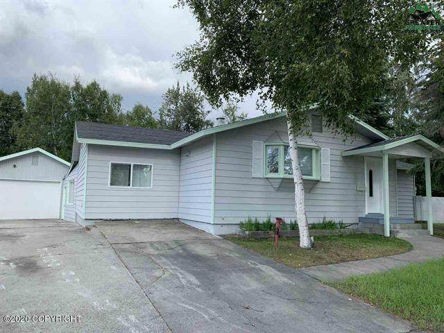 217 Bentley Drive, Fairbanks, AK 99701 (MLS #20-12966) :: Synergy Home Team