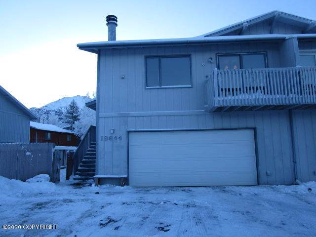 18644 N Lowrie Loop, Eagle River, AK 99577 (MLS #20-1347) :: RMG Real Estate Network | Keller Williams Realty Alaska Group