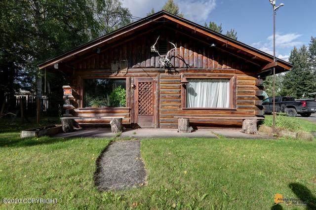 1111 Chugach Way, Anchorage, AK 99503 (MLS #20-14263) :: Wolf Real Estate Professionals