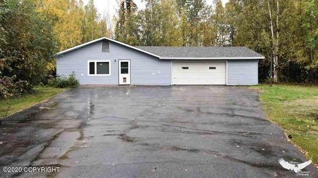 1190 Vicki Lane, North Pole, AK 99705 (MLS #20-14285) :: Wolf Real Estate Professionals