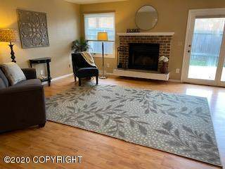 1531 Elcadore Drive #112, Anchorage, AK 99507 (MLS #20-15213) :: Wolf Real Estate Professionals