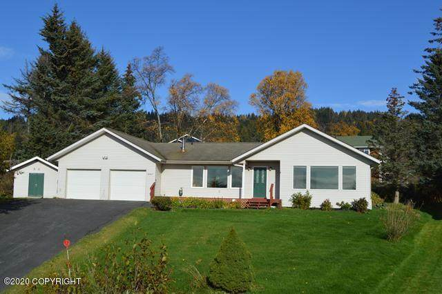 3747 Sitka Rose Circle, Homer, AK 99603 (MLS #20-15887) :: Synergy Home Team