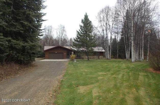 1022 Shirley Turnaround, North Pole, AK 99705 (MLS #20-16024) :: Wolf Real Estate Professionals