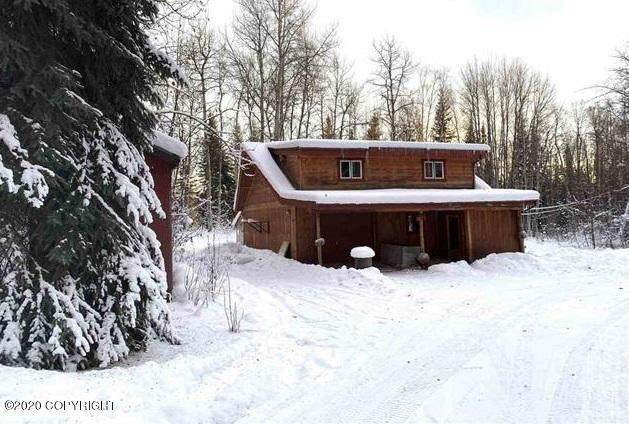 1326 Polar Drive, Fairbanks, AK 99712 (MLS #20-17817) :: Wolf Real Estate Professionals