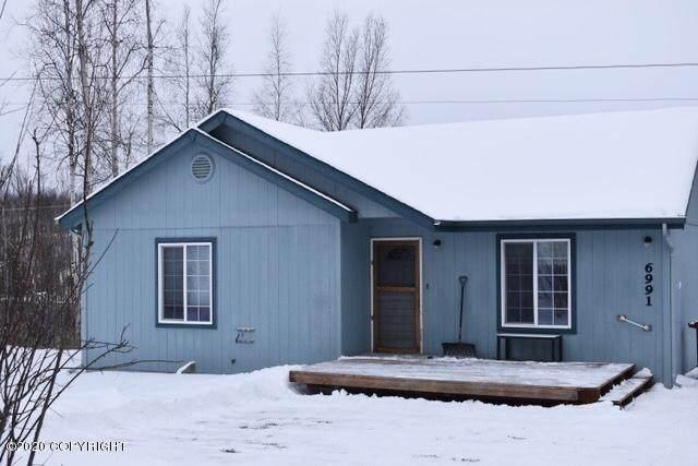 6991 W Leopold Loop, Wasilla, AK 99623 (MLS #20-2094) :: RMG Real Estate Network | Keller Williams Realty Alaska Group