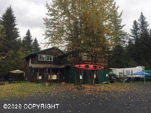32926 Vinewood Lane, Seward, AK 99664 (MLS #20-3161) :: RMG Real Estate Network | Keller Williams Realty Alaska Group