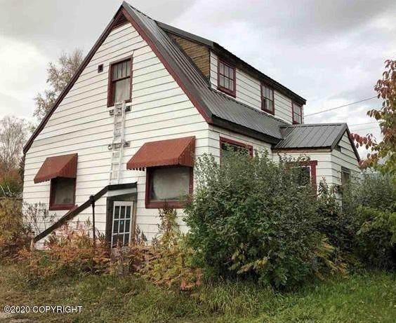 312 Well Street, Fairbanks, AK 99701 (MLS #20-4168) :: Wolf Real Estate Professionals