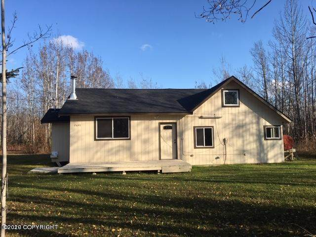 2641 S Walnutwood Drive, Big Lake, AK 99652 (MLS #20-4596) :: Roy Briley Real Estate Group