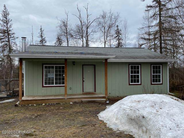 5441 W Crestview Avenue, Wasilla, AK 99623 (MLS #20-5823) :: Wolf Real Estate Professionals