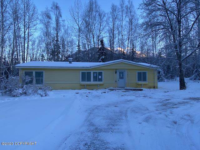 22808 Needels Loop, Chugiak, AK 99567 (MLS #20-586) :: Alaska Realty Experts