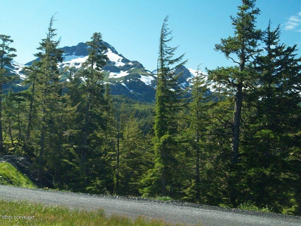 108 Cabin Ridge Road - Photo 1