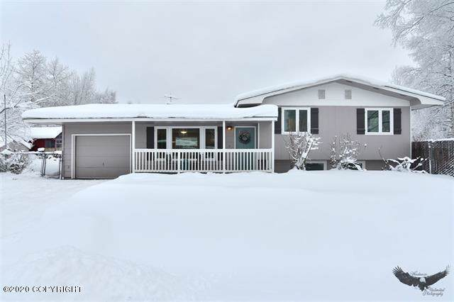684 Manley Street, North Pole, AK 99705 (MLS #20-736) :: Team Dimmick