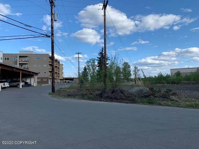 L3B-2 Kellum Street, Fairbanks, AK 99701 (MLS #20-7436) :: Wolf Real Estate Professionals