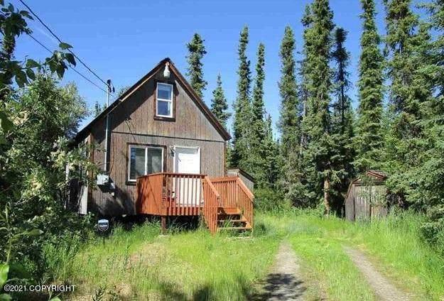 2130 Tequila Court, Fairbanks, AK 99712 (MLS #21-10049) :: Team Dimmick