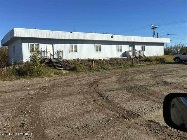 4120 Peger Road, Fairbanks, AK 99709 (MLS #21-11060) :: Alaska Realty Experts