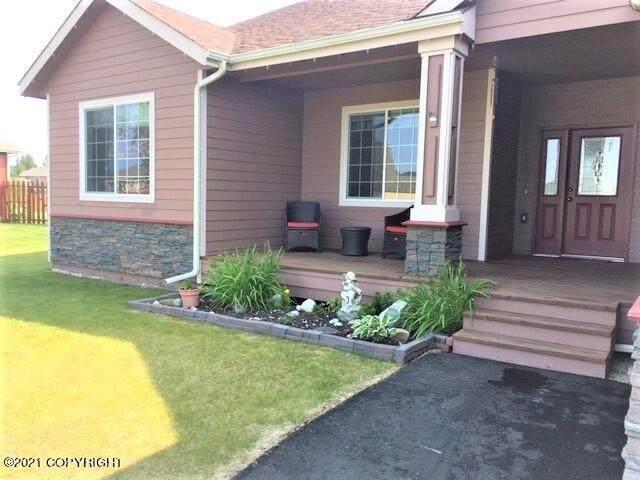 2893 S Barnyard Circle, Wasilla, AK 99654 (MLS #21-11641) :: RMG Real Estate Network | Keller Williams Realty Alaska Group